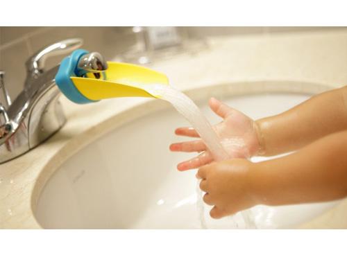 aqueduck-tap-gadget_may12